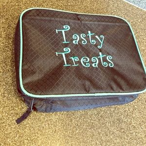 Handbags - NWOT thirty-one lunch bag